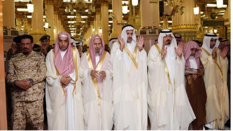 صلاة العيد في المسجد النبوي بالمدينة المنورة