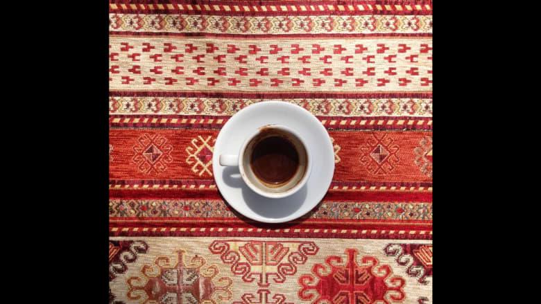 فنجان القهوة التركي المحضر في القاهرة.
