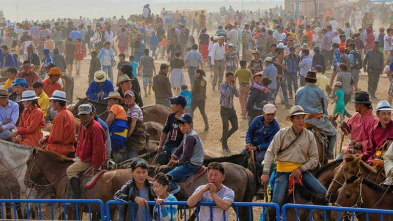 """""""غوغل"""" تصل إلى سباق للخيول في.. منغوليا!"""