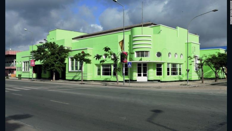 أفخر دور السينما.. في أنغولا؟
