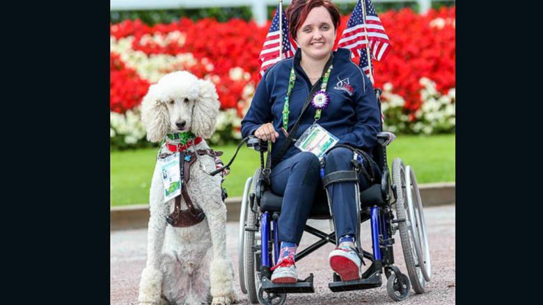 الشلل والعمى لم يمنعا هذه الشابة من أن تصبح بطلة أولمبية
