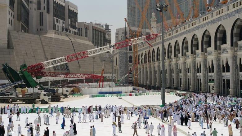 """إيران تهاجم الرياض بسبب حادث رافعة مكة وتطلب """"هيئة أمناء"""" لإدارة الحرم وسعوديون يردون: رافعاتكم للقتل والدمار"""