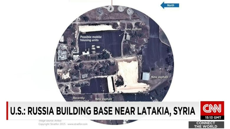 بالصور.. الأقمار الصناعية ترصد الإنشاءات الجارية لبناء قاعدة عسكرية روسية باللاذقية في سوريا.
