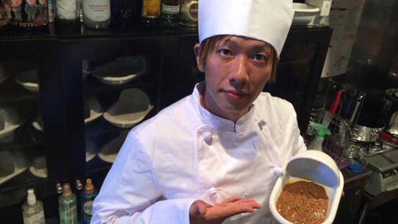 احزر ما هو الطبق الرئيسي في  المطعم الأكثر إثارة للقرف في العالم؟