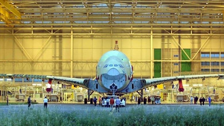 قادرة على استيعاب قرية كاملة... هل هذه أكبر طائرة للركاب في العالم؟