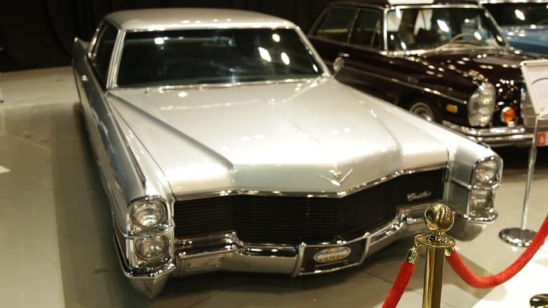 أجمل السيارات الكلاسيكية من ستينيات وسبعينيات القرن الماضي..تجتاح معرض دبي الدولي للسيارات