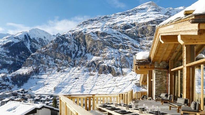 """هل تحلم باستئجار قصر في سويسرا؟ إليك ستة قصور فاخرة تجعلك """"سلطاناً"""" في بلاد الغربة"""
