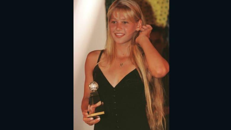 كيف أغوت حسناء التنس آنا كورنيكوفا العالم؟