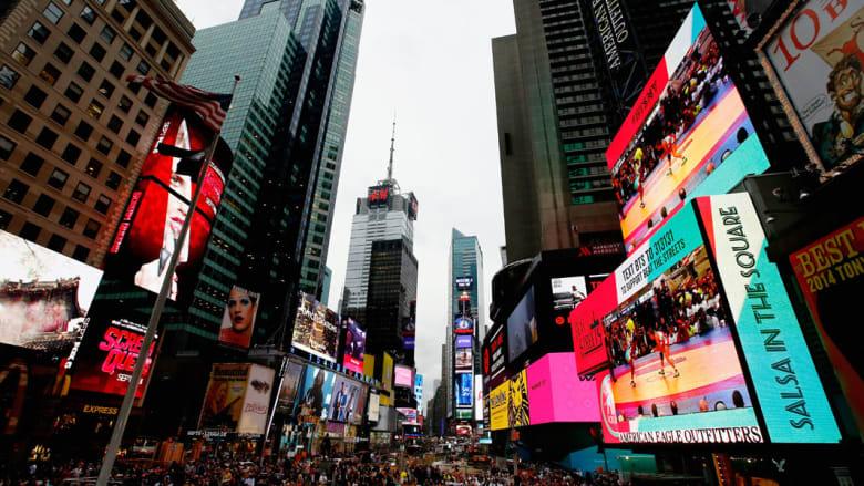 """بين تايمز سكوير وبرج إيفل ومدينة ديزنيلاند... هذه هي أشهر وجهات السفر على """"إنستغرام"""" للعام 2015"""