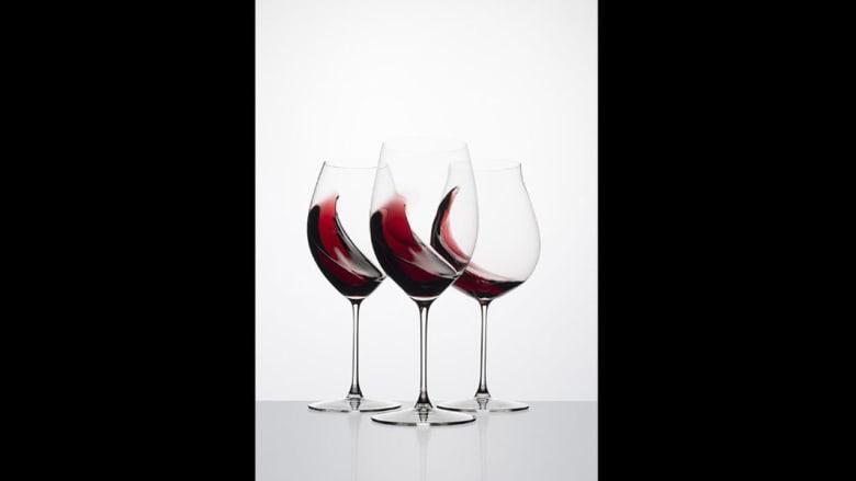 هل تتخيّل دفع مائة دولار قيمة كأس زجاجي واحد..فقط للتمتع بنكهات مختلفة من المشروب ذاته؟