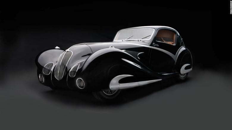 انحناءات فولاذية منسابة وتصاميم جلدية أنيقة وعراقة القرن العشرين... في هذه السيارات انحناءات فولاذية منسابة وتصاميم جلدية أنيقة وعراقة القرن العشرين... في هذه السيارات