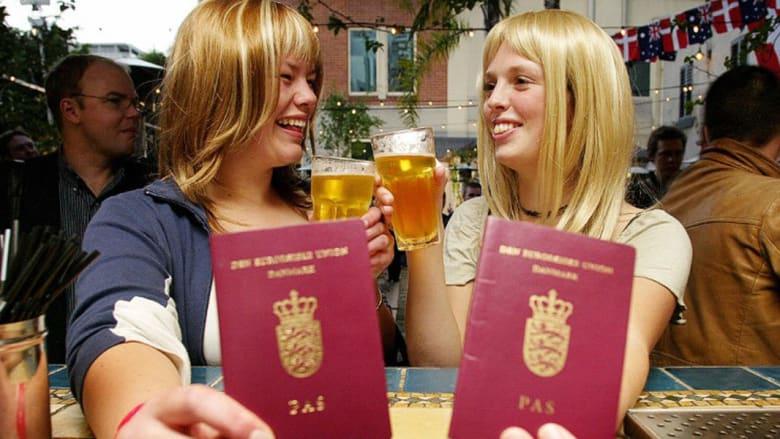 أفضل جواز سفر في العالم ألماني والأسوأ أفغاني..والإمارتي في المرتبة 38 والسعودي في المرتبة 69 والمصري 88