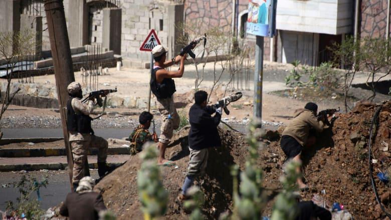 """الرئيس اليمني يشكر التحالف العربي على المساعدة في كسر حصار تعز.. والرحبي: """"الميليشيات الانقلابية"""" تنهار"""