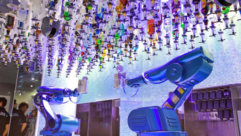 هل تستقبلك الروبوتات في الفنادق خلال رحلتك المقبلة؟