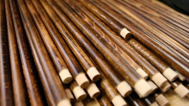 هل تعرف كم خطوة تتطلب المظلة التقليدية لصنعها؟