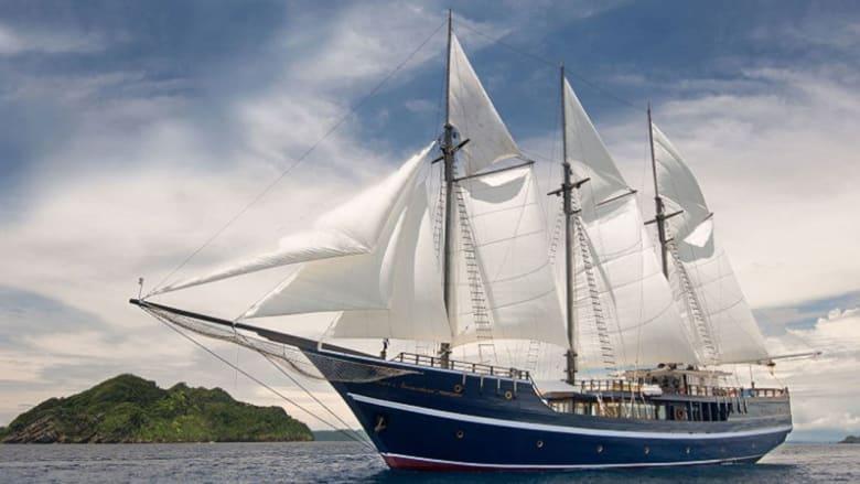 """استكشف عالم البحار على متن أجمل """"الفنادق العائمة"""""""