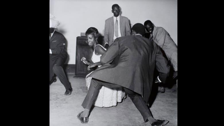 تعرفوا إلى أشهر مصور فوتوغرافي في مالي