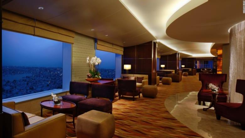 شاهد النوادي الحصرية لنخبة زوار الفنادق