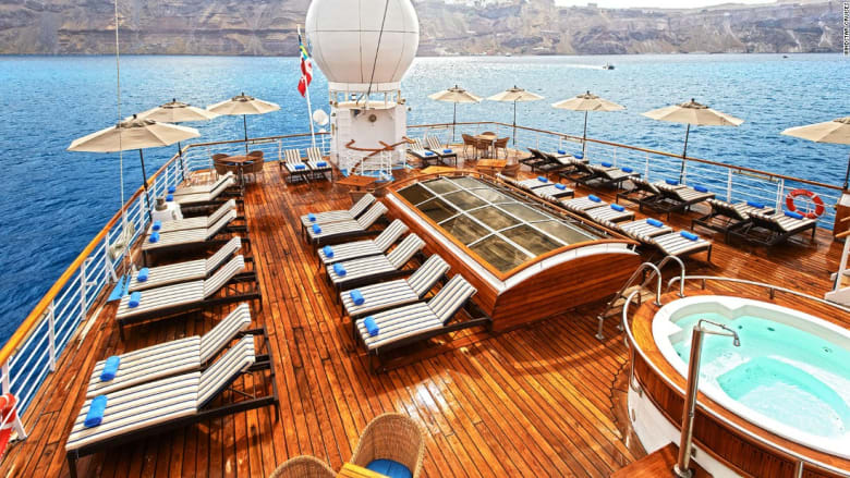 سفن شراعية أثرية بخدمة خمس نجوم... لعطلة لا تُنتسى