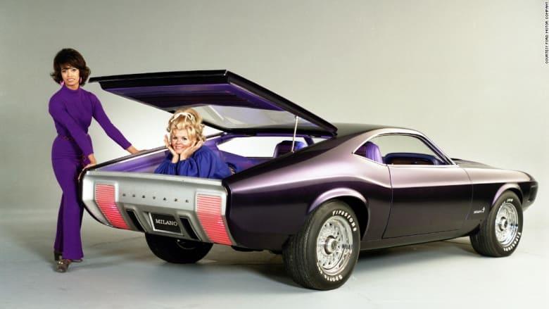 """كيف تطورت سيارة """"فورد موستنج"""" عبر السنين؟"""
