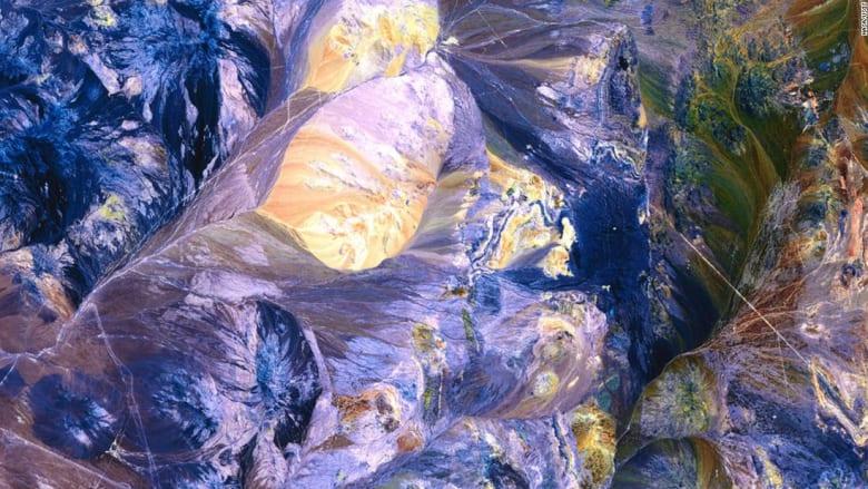 """هذه """"العوالم الفضائية"""" موجودة على كوكب الأرض..وليس على المريخ"""