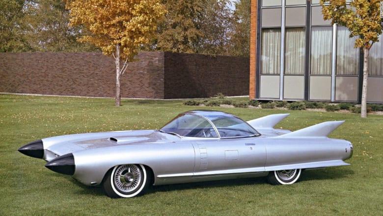 """سر السيارة الجميلة من رئيس قسم التصميم في """"جنرال موترز"""""""