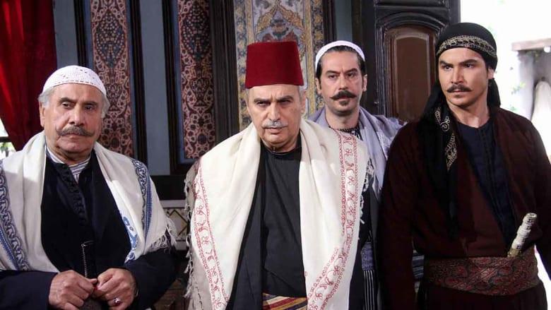 يشارك الممثل مصطفى سعد الدين في مسلسل باب الحارة بديلا لوائل شرف، في دور العكيد معتز.