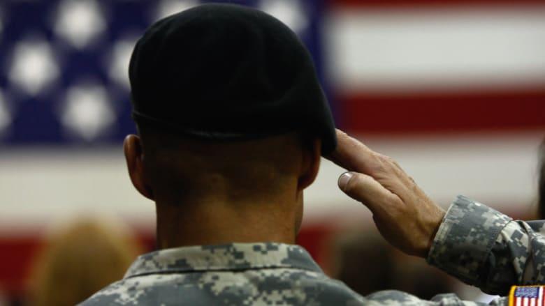 بعد إعلان وزير الدفاع الأمريكي إرسال 560 جنديا إضافيا للقيارة.. كم أصبح عدد القوات الأمريكية بالعراق؟