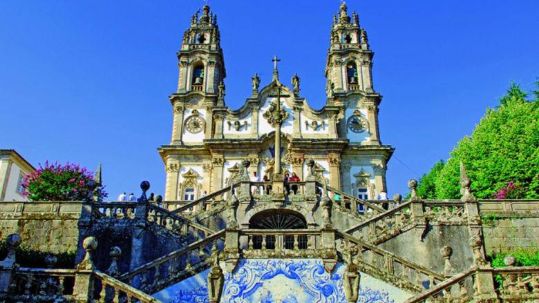 الذهب السائل.. جوهرة البرتغال الخلّابة