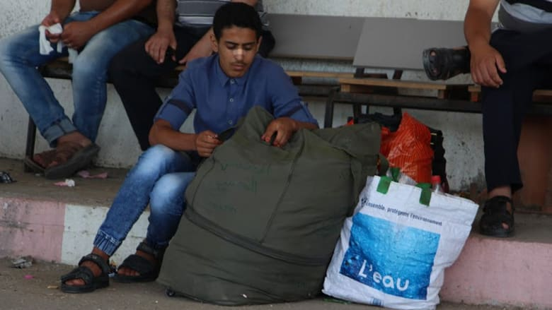 معبر رفح.. بوابة الفرج المنتظر والحزن المغلف في قلوب أهالي قطاع غزة