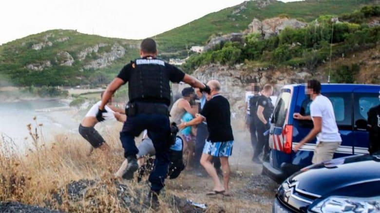 بعد أحداث عنف.. أسرة مغربية تغادر كورسيكا الفرنسية خوفًا على حياة أفرادها