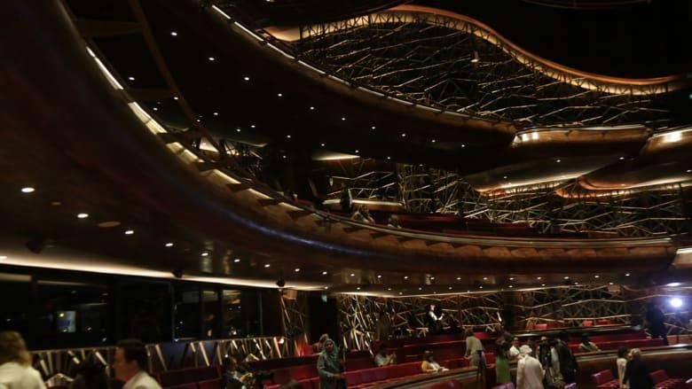 كن أول من يلقي نظرة داخل أوبرا دبي.. الأولى في الإمارات