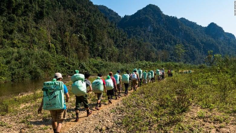 """جولة في أكبر كهوف العالم ..  كهف """"هانغ سون دونغ"""" في فيتنام"""