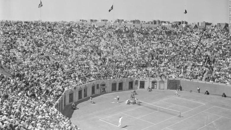 """ملعب """"فوريست هيل"""" لكرة التنس في نيويورك بأمريكا"""