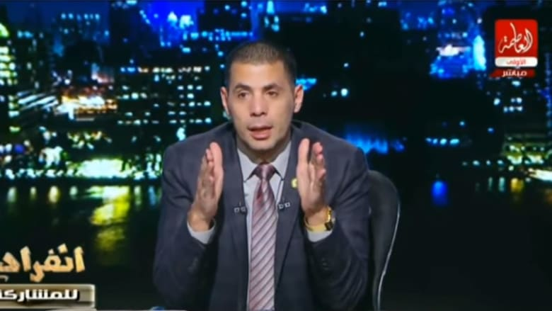 """حساسين ينتقد """"بكاء"""" عباس وشكري بتشييع بيريز: راعوا شعورنا"""
