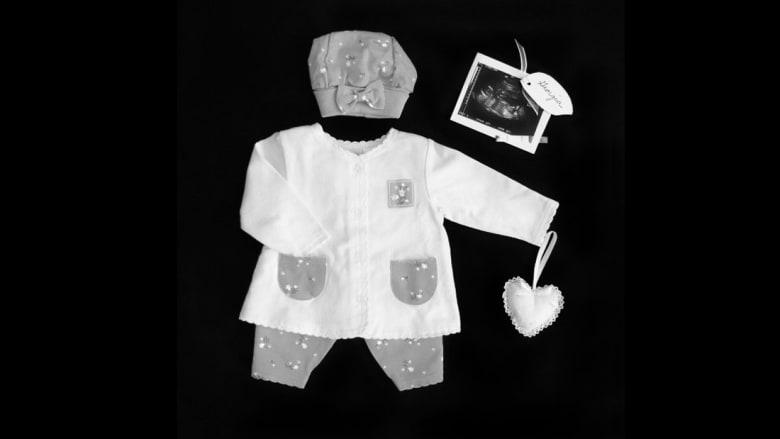 تذكارات إجهاض من أم فقدت 11 جنيناً