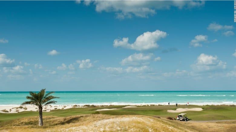 جزيرة ياس وعالم فيراري بين الأجمل بأبوظبي