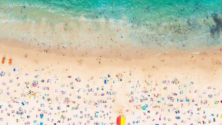 بحر مخصص لمحبي اللون الزهر..انظر أكثر