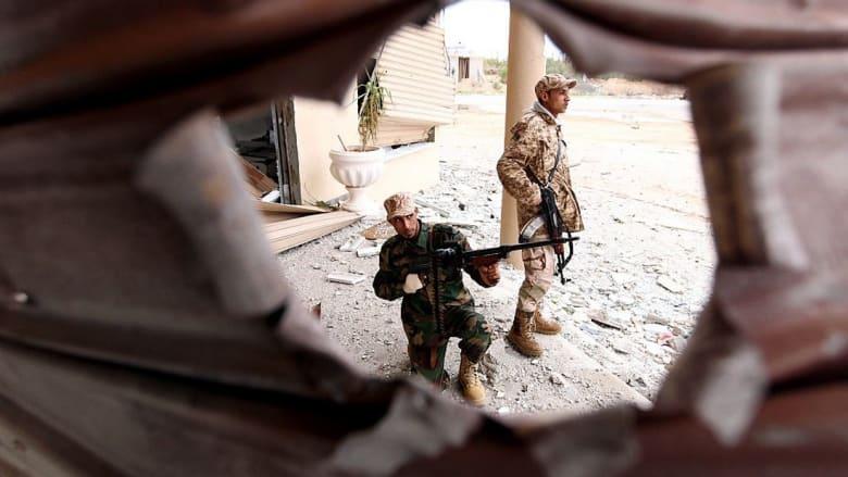 """حكومة الوفاق الليبية تعلن استعادة سيطرتها على مقرّات وزارية """"اقتحمتها"""" قوات الغويل"""