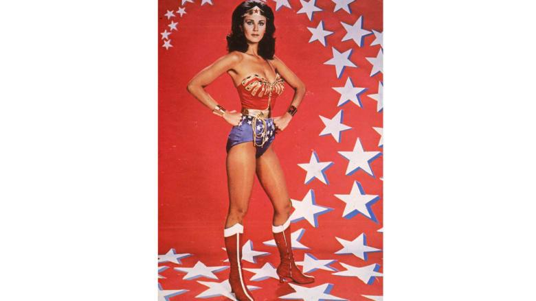 بالصور..أشهر النساء الخارقات القوة في القصص المصورة
