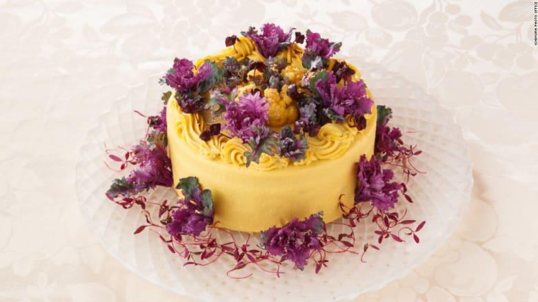 كعكة لن تشعركم بالذنب فهي مصنوعة من سلطة الخضار!