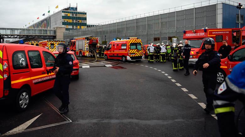 بالصور.. الأحداث الأمنية الجارية حول مطار أورلي بباريس