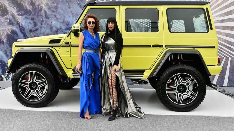 """الموضة المحتشمة.. أبرز إطلالات """"الشارع"""" في فاشون فوروورد دبي"""
