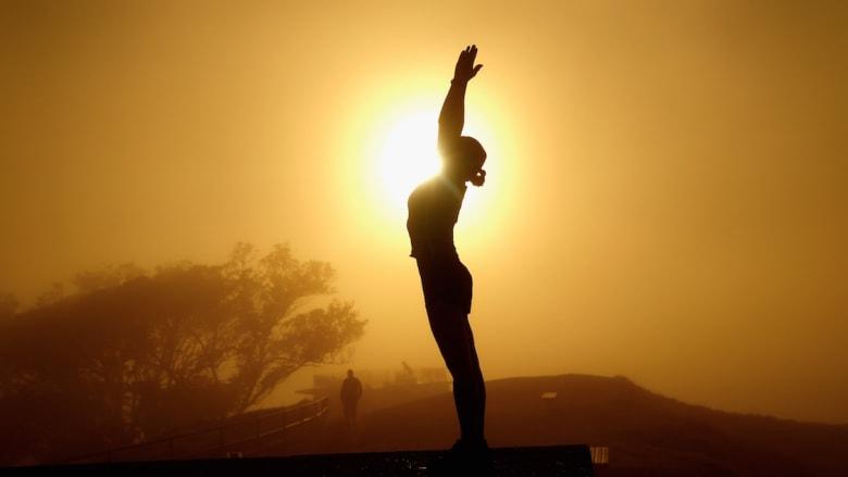 العيش إلى المائة.. كيف تدرّب نفسك على التمرين الصباحي؟