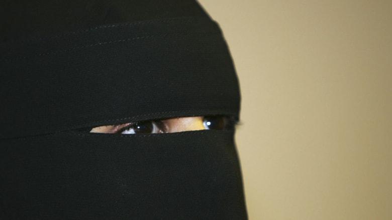 """النواب الألمان يصادقون على حظر جزئي للنقاب لأجل الحفاظ على """"الحيادية الدينية"""" للدولة"""