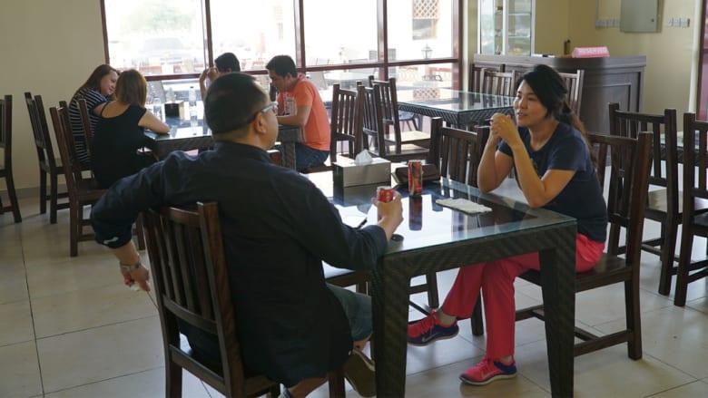 """لماذا يفضّل زوّار دبي هذا المطعم """"شديد التواضع""""؟"""