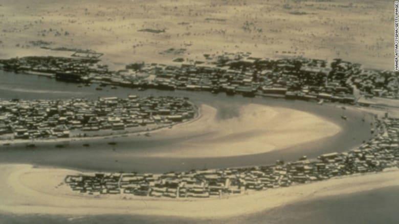 بالصور..كيف كانت دبي في العام 1961؟