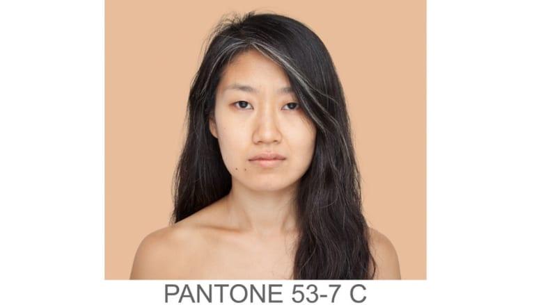 """""""كاتالوج بشري"""" لجميع تدرجات ألوان الجلد..ما هو لون بشرتك؟"""