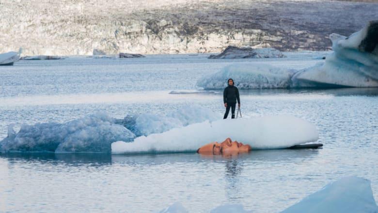 وجوه غامضة لنساء تخرج من قلب المياه في أيسلندا..والسبب