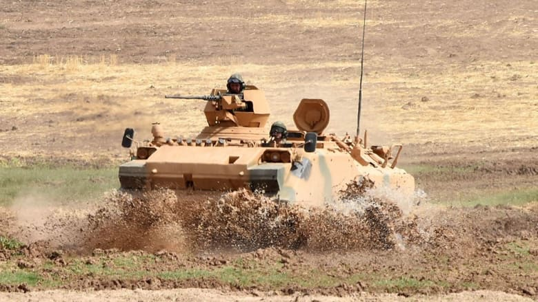 بالصور.. مناورات عسكرية عراقية تركية على الحدود بعد استفتاء كردستان